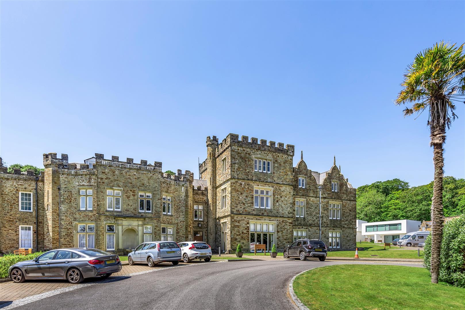 Clyne Castle, Mill Lane, Blackpill, Swansea, SA3 5BW